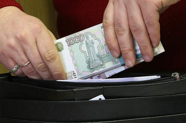 Володин призвал уравнять зарплаты работников институтов развития и правительства