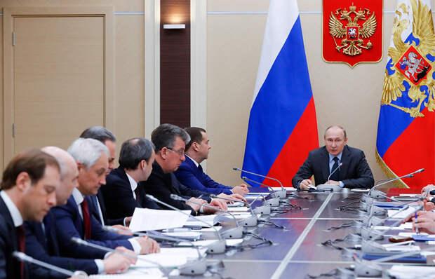 Путин: для РФ использование газомоторного топлива важнее, чем рост числа электромобилей