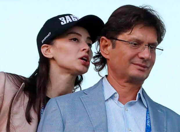 Зарема на грани истерики: пошел слух, что ее выгнал из совета директоров Федун. Ответ Салиховой: «Я то выйду и зайду так, что вы все ляжете»