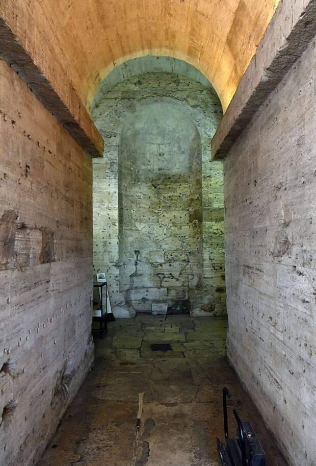 Замок Святого Ангела в Риме: убежище, сокровищница, тюрьма