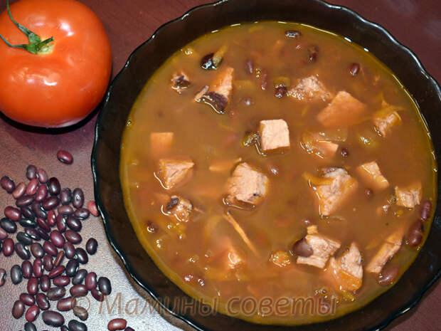 Фасолевый суп со свининой - просто и вкусно!