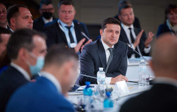 Зеленского обвинили в беспределе и насилии над украинцами