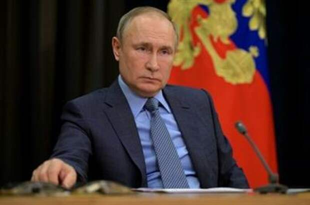 Russian President Vladimir Putin holds a video conference meeting with Deputy Prime Minister Tatyana Golikova in Sochi, Russia May 6, 2021. Sputnik/Alexei Druzhinin/Kremlin via REUTERS ATTENTION EDITORS - THIS IMAGE WAS PROVIDED BY A THIRD PARTY. - RC2CAN9C65W8