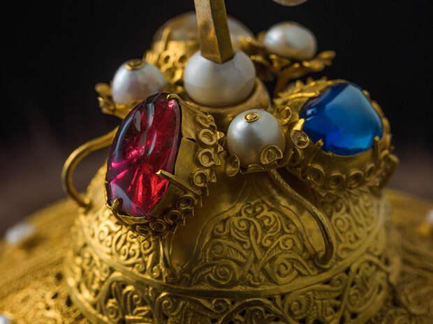 10 самых ценных регалий русских царей (ФОТО)
