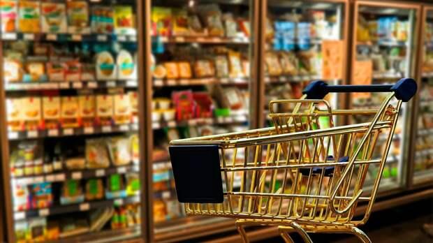 Россияне рассказали о расходах на продукты за месяц