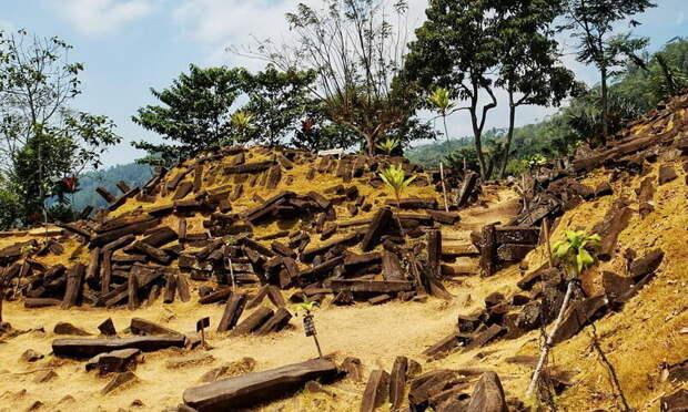 Гунунг Паданг — кто построил древнейшую структуру на Земле