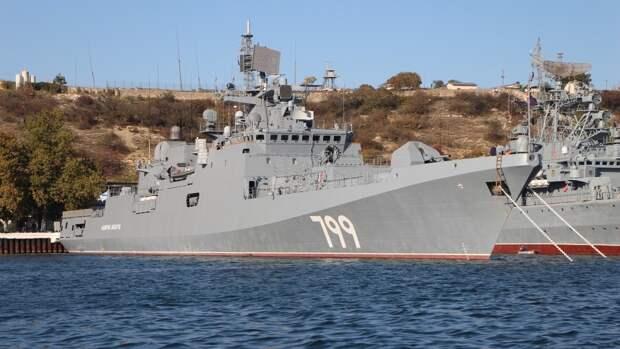Военный эксперт предрек ЧФ РФ быструю и разгромную победу над Шестым флотом США