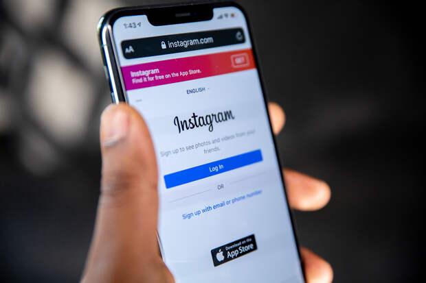Instagram запретит взрослым отправлять сообщения незнакомым детям