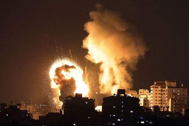 Неменее 8 человек погибли при налете израильских ВВС насектор Газа