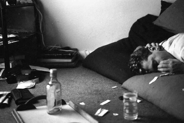 Утро добрым не бывает: «похмельные» фотографии Тревора Флетчера