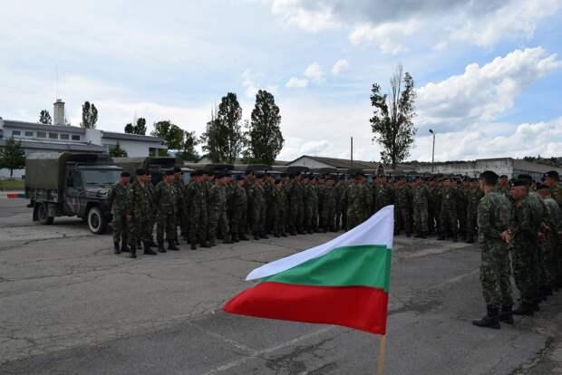 На учениях НАТО болгарские солдаты отказались стрелять по мишеням, похожим на российских солдат