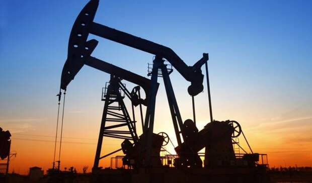 Неожиданно резко снизились запасы нефти США
