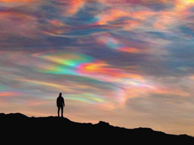 Фотограф снял аномальные облака в Исландии (ФОТО)