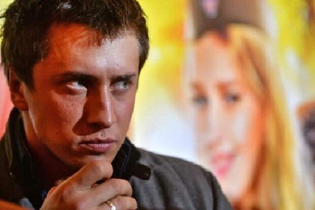 СМИ: Павел Прилучный госпитализирован после избиения
