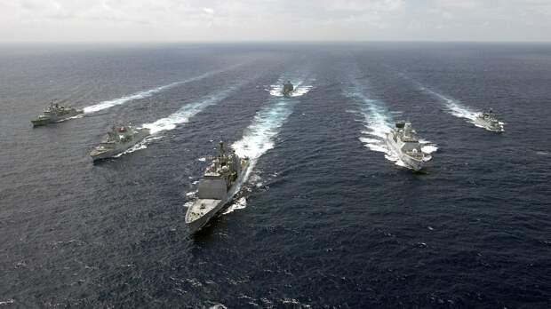 Андрей Ильницкий заявил о подготовке НАТО к нападению на РФ с Черного моря