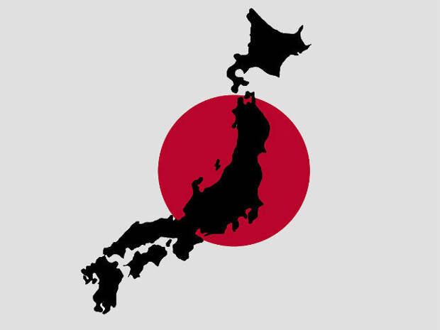 Возле побережья Японии столкнулись сухогруз и танкер