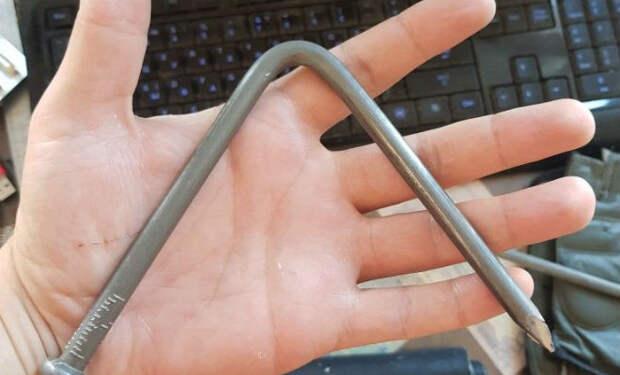 Сгибаем сталь голыми руками