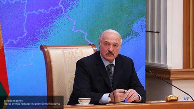 Михеев рассказал, к чему приведет Белоруссию политический шантаж Лукашенко