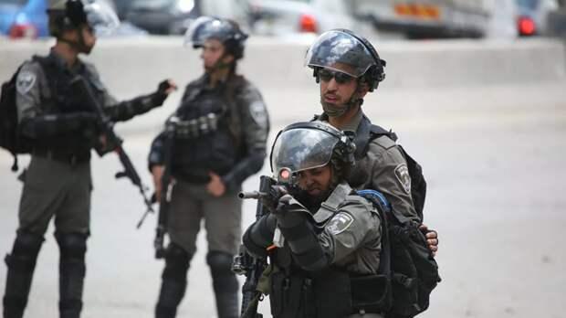 Израильская армия наносит удары по оперативникам ХАМАС