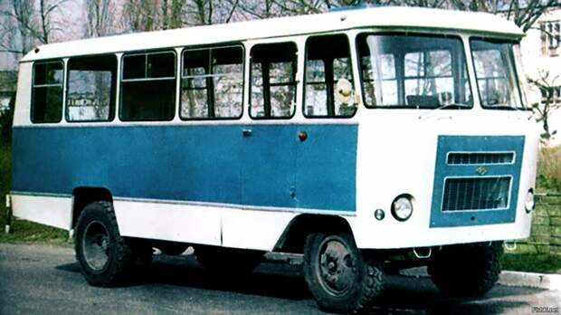 История создания автобусов модели ПАЗ в СССР. Какие изменения были у этого транспорта и за что его хвалили граждане