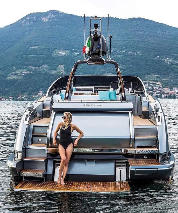 Богатые детки Instagram празднуют приход лета