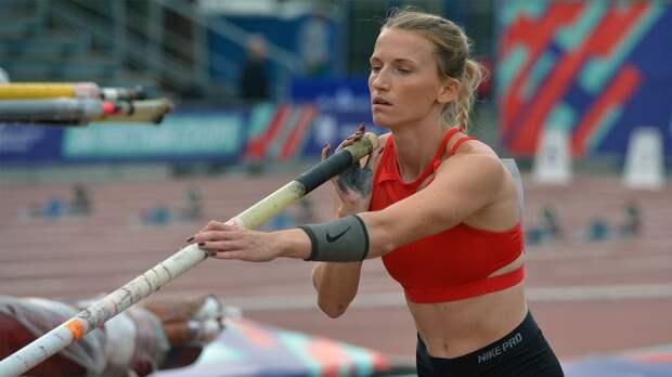 Сидорова выиграла чемпионат Москвы по прыжкам с шестом