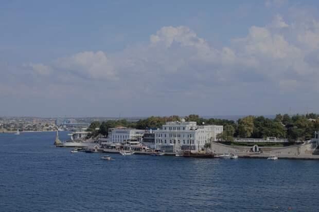 Развожаев обнадежил общепит и отели Севастополя возвращением к работе