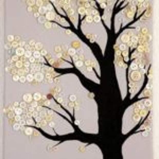 Дерево из пуговиц - необычная деталь домашнего интерьера