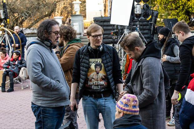 Выводи фантомов: Репортаж со съёмок сериала «Вне себя» со Стычкиным, Лядовой и Цыгановым