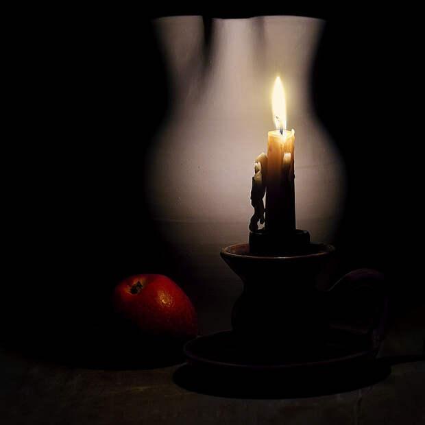 Натюрморт свечи
