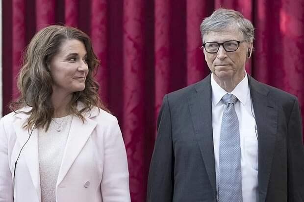 WSJ: жена Билла Гейтса пошла на развод из-за контактов мужа с миллиардером Эпштейном