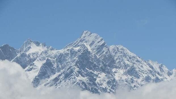 Группа российских альпинистов пропала в Непале