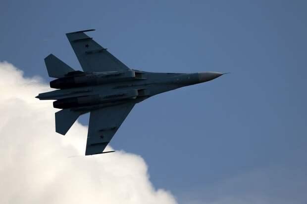 Названы два конкурента Су-35