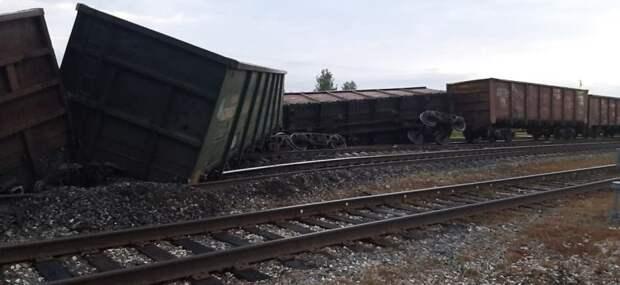 11 вагонов с углем сошли с рельсов в республике Коми