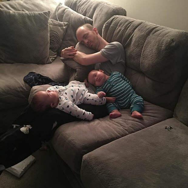 Когда все устали Любовь, дети, младенцы, нежность, отцы, отцы и дети, родители, фото