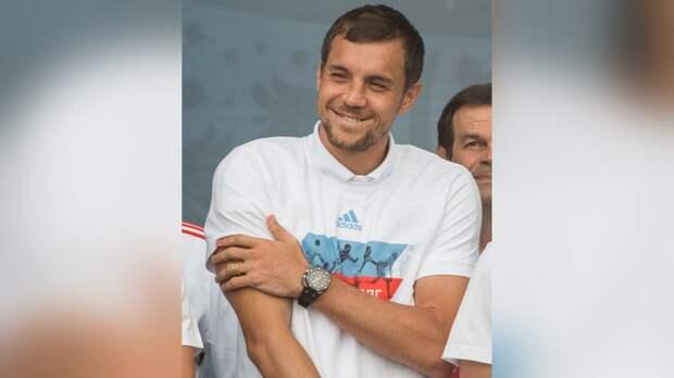 У футболиста Артема Дзюбы родился третий сын