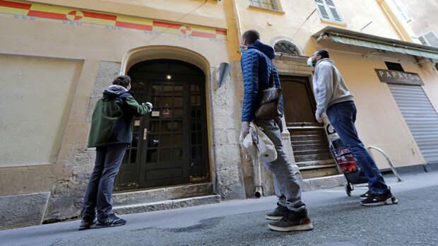 Le Figaro: дешевле и не так одиноко — молодых французов потянуло на «коммуналки»