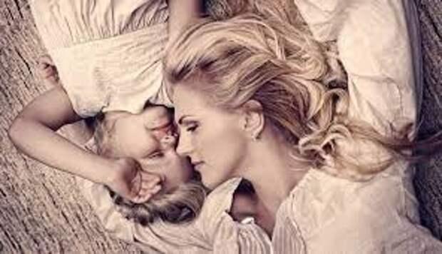 Истории женщин, которые жалеют, что стали матерями.Почитайте, ведь эта проблема не имеет национальности