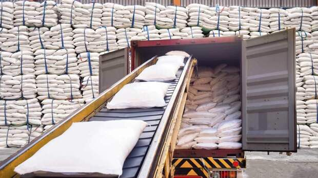СМИ: продлить заморозку цен на сахар предложил Минсельхоз
