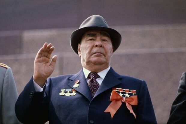 Леонид Брежнев и его вязкая эпоха