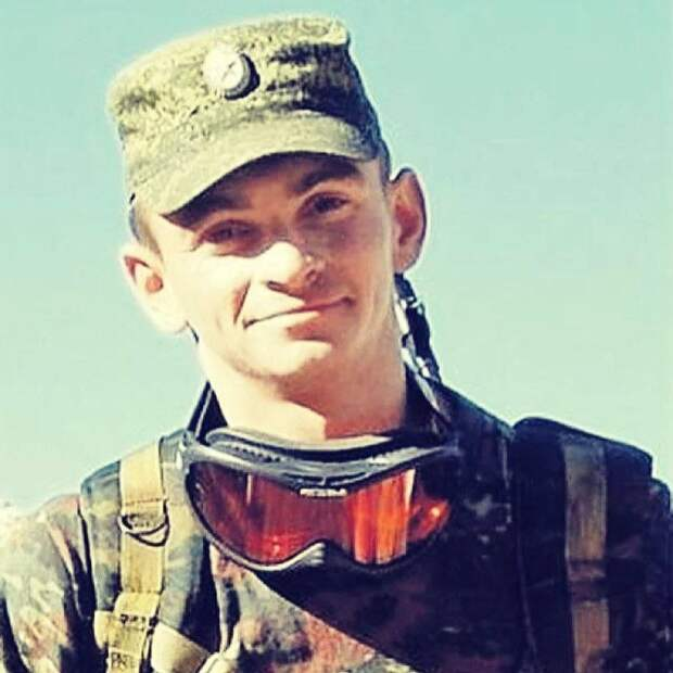 17 марта 2016 года в Сирии погиб 25-летний офицер Сил специальных операций Александр Прохоренко