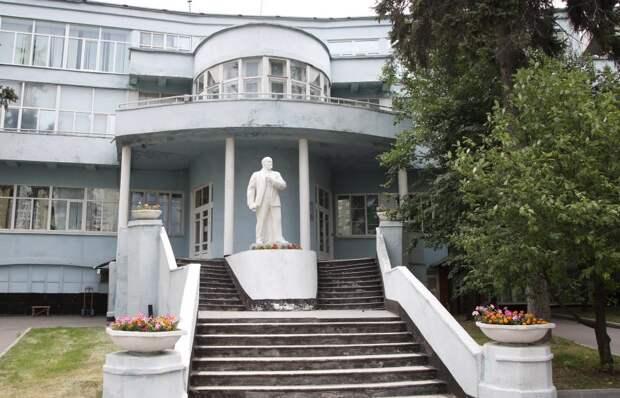 Фронтовой истребитель Як делал Тушинский завод