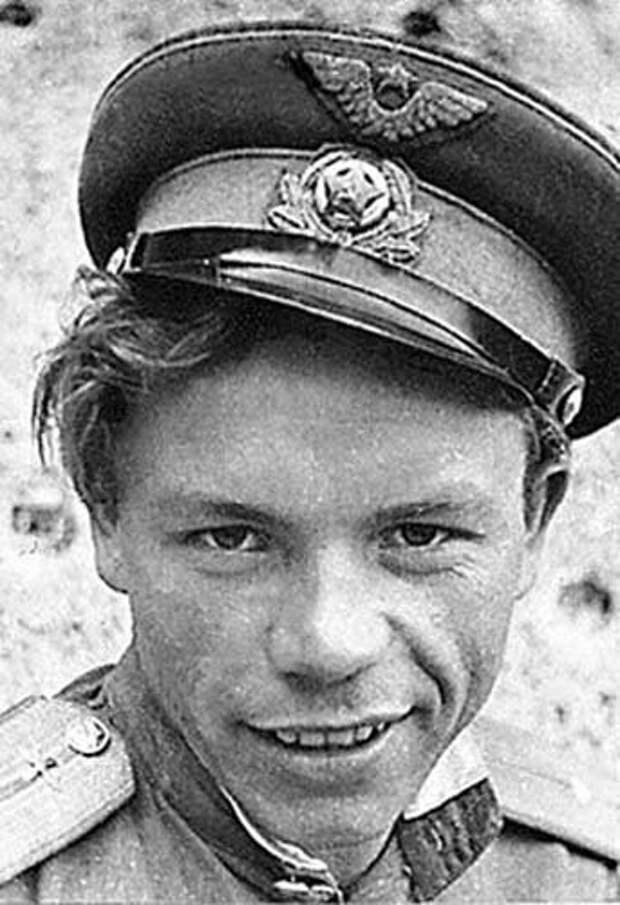 Владимир Терентьевич Кашпур (фотография конца 1940-х)