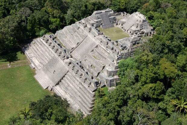 Храм майя - невероятная площадка для бракосочетания!