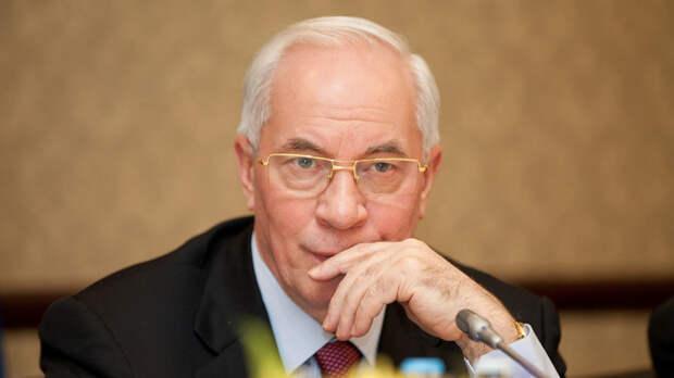 Азаров вспомнил яркие моменты совместной работы с Путиным