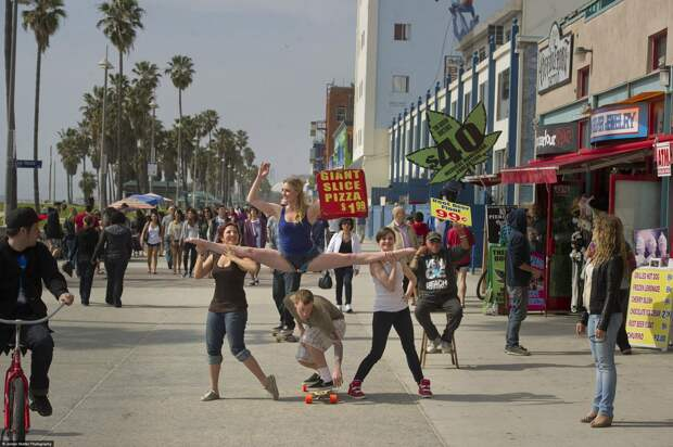 Kayla Radomski on Venice Beach Dancers Among Us33