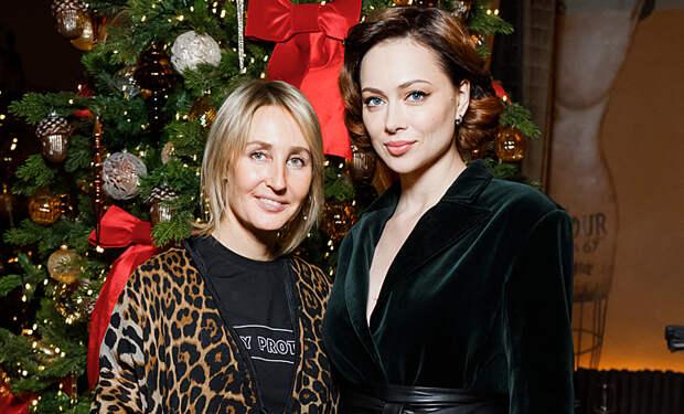 Настасья Самбурская и другие гости рождественского ужина Оксаны Бондаренко