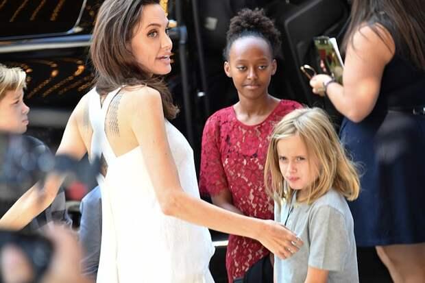 Анджелина Джоли рассказала, почему после развода с Брэдом Питтом у нее так и не появился новый мужчина