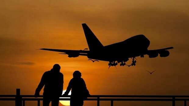 Пассажирский самолет экстренно сел в Шереметьеве