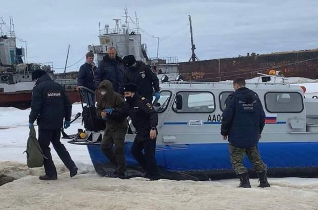 На Чукотке экскаватор насмерть засыпал снегом двоих детей